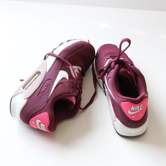 72f8c5162c83 Nike Women s Sneakers Air Max 90 – Burgundy Size 9.  M 5c1a6cfdbb7615256a73f1bd